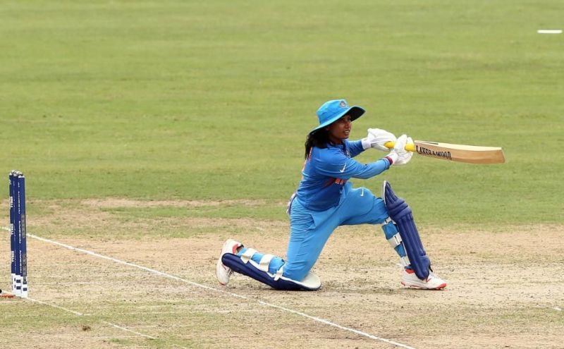 मिताली राज ने कप्तानी पारी खेली