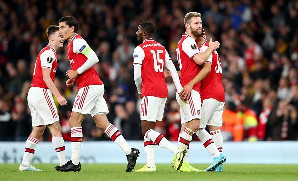Arsenal cruised past Standard Liege