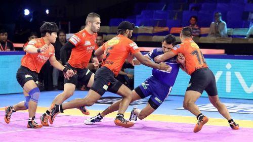 Fazel Atrachali's brilliance helped U Mumba defeat Haryana Steelers by 6 points