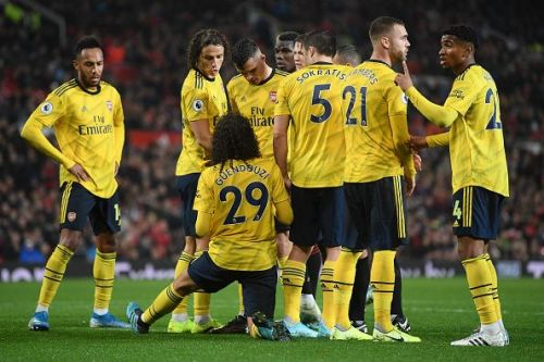 Arsenal would hope to get back to winning ways in the league