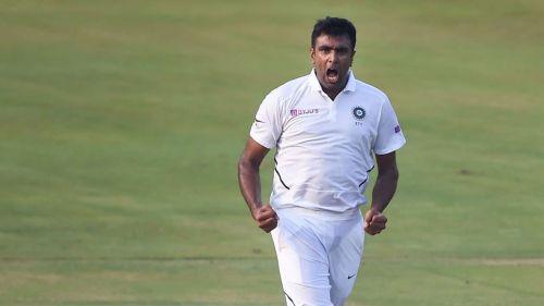अश्विन ने साउथ अफ्रीका के खिलाफ पहले टेस्ट की पहली पारी में पांच विकेट चटकाए