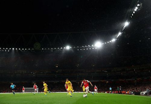 Arsenal put on a dominating display against Standard Liege in the UEFA Europa League.
