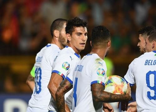 Italy lock horns with Greece on Saturday