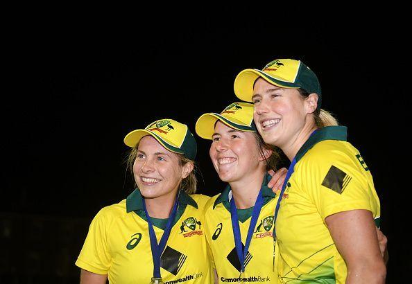 England v Australia - 3rd Vitality Women