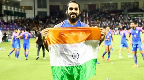 Sandesh Jhingan has suffered a torn ACL