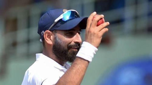 मोहम्मद शमी ने पहले टेस्ट की दूसरी पारी में साउथ अफ्रीका के पांच बल्लेबाजों को अपना शिकार बनाया