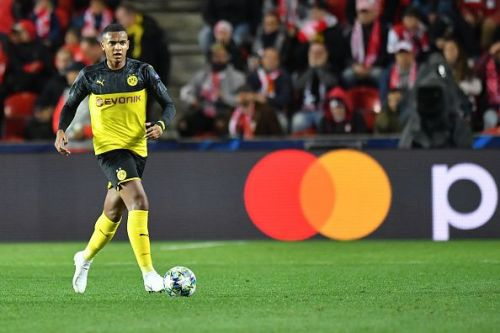 Akanji had a mixed performance against Freiburg, much like the rest of his defensive unit