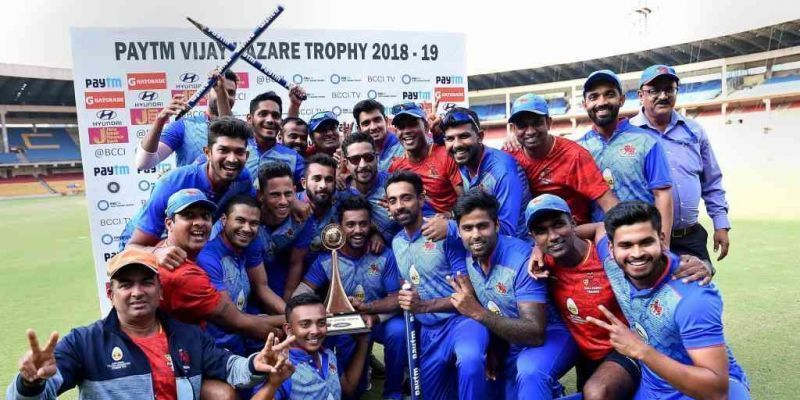 Defending Champions Mumbai with the trophy