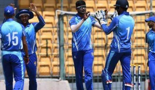 कर्नाटक टीम