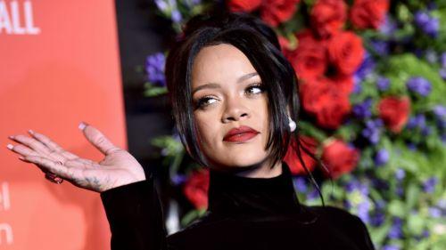 Rihanna - cropped