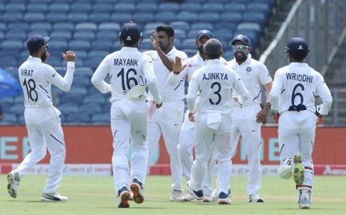 भारतीय क्रिकेट टीम घर में लगातार 11 सीरीज जीतकर अजेय है
