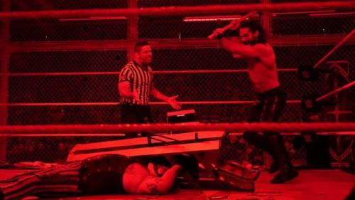 The end of the Hell in a Cell match did not receive many positive reactions.