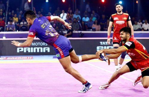 Dabang Delhi has qualified for the PKL 2019 Finals after destroying Bengaluru Bulls in a fierce clash
