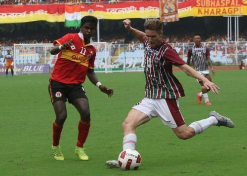 How can East Bengal and Mohun Bagan become a part of the ISL?