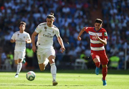 Bale (L) set up Benzema's goal