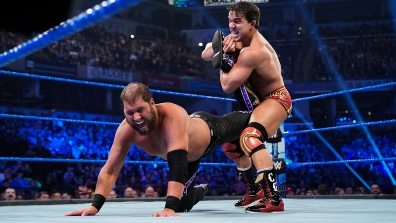 Shorty makes Curtis Axel tap out on SmackDown