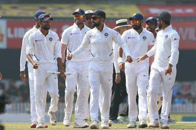 मैच जीतने के बाद भारतीय टीम