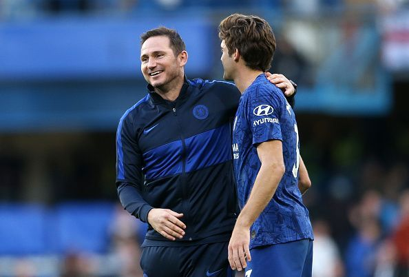 Lampard congratulates Alonso.