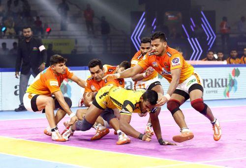 पुनेरी पलटन vs तेलुगु टाइटंस