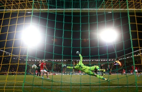 De Gea made a couple of stunning game-saving saves for United