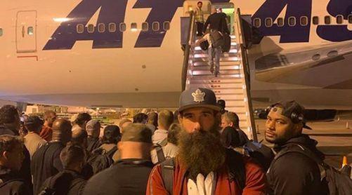 WWE सुपरस्टार्स सऊदी अरब में फंसे