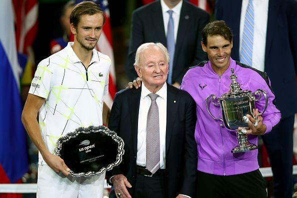 (L-R) Daniil Medvedev, Rod Laver and Rafael Nadal at the US Open prize distribution ceremony