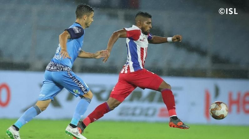 Roy Krishna in action against Jamshedpur FC (Credits: ISL)