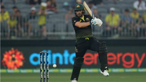 Aaron Finch paced Australia's straightforward run chase against Pakistan