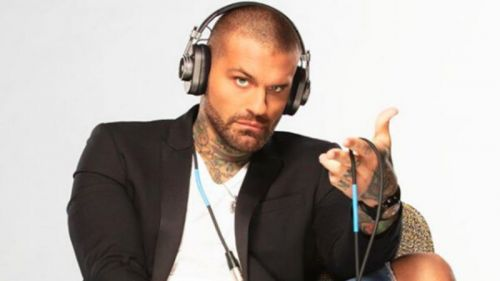 Corey Graves missed SmackDown due to the Saudi Arabia travel problems