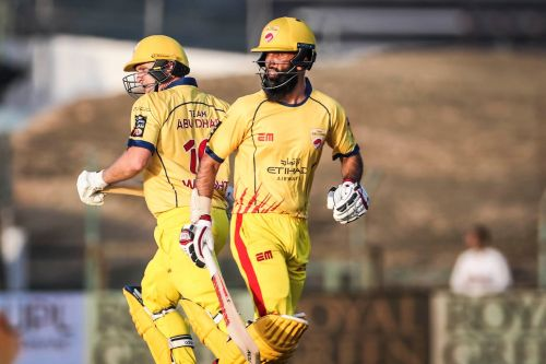 Team Abu Dhabi's Moeen Ali and Luke Wright starred in their side's win against the Warriors