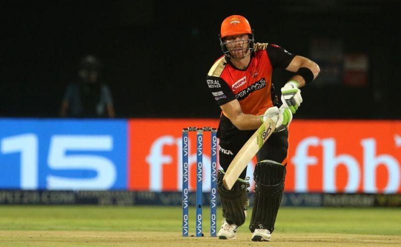 हैदराबाद के लिए बल्लेबाज़ी करतेमार्टिन गप्टिल