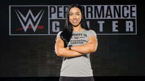 Indi Hartwell has signed with WWE