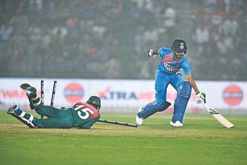 An absurd call by Rishabh Pant ended Shikhar Dhawan