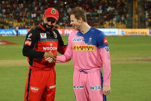 Kohli and Smith ( Image courtesy: BCCI/iplt20.com)