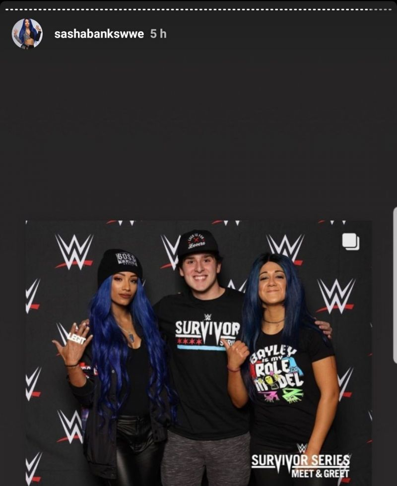 The new look mimics the one Sasha Banks is currently sporting