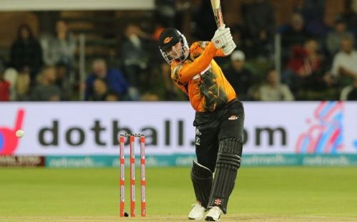 JJ Smuts carried the Nelson Mandela Bay Giants to a good score of 173/6 in the first innings