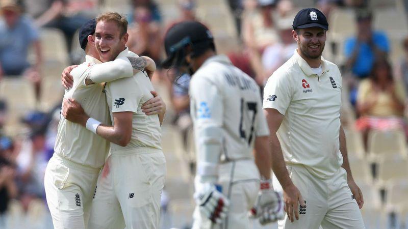 Stuart Broad celebrates the wicket of BJ Watling