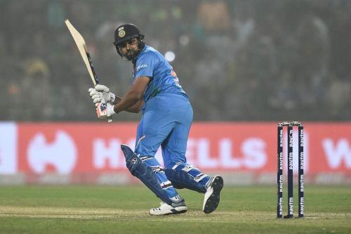 रोहित शर्मा ने 35 गेंदों में लगाया है सबसे तेज शतक