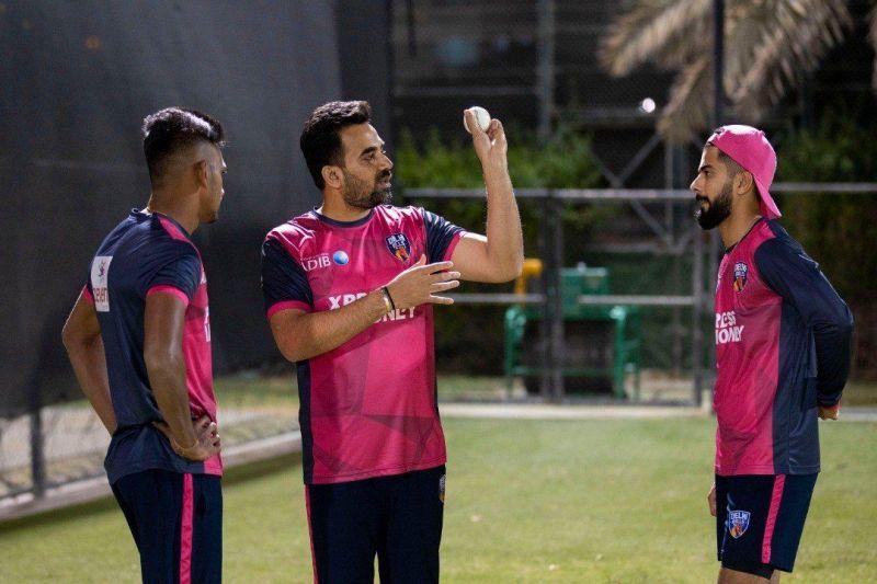 Zaheer Khan (C) and Ali Khan (R) could share the new ball for the Delhi Bulls (PC: Delhi Bulls Twitter)