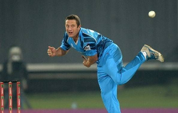 Roelof van der Merwe had an exceptional spell of 3/15 tonight