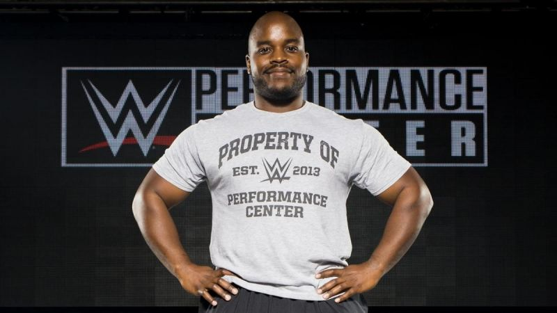 Stephon Smith has signed with WWE
