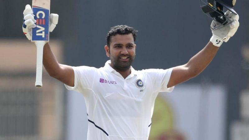 दोहरा शतक लगाने के बाद भारतीय खिलाड़ी रोहित शर्मा