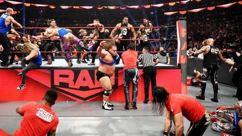 WWE रॉ