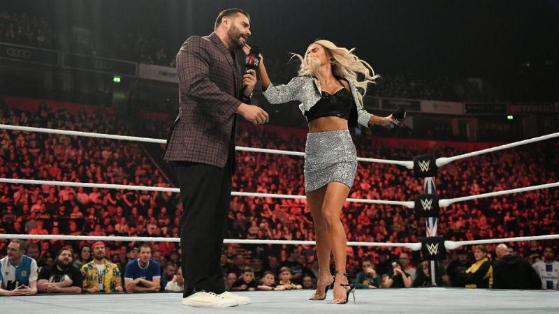 WWE सुपरस्टार लाना और रुसेव