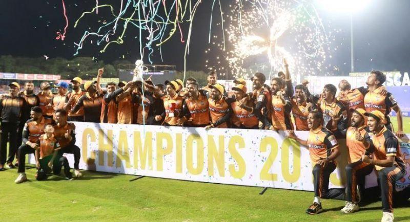 2019 KPL champions Hubli Tigers.
