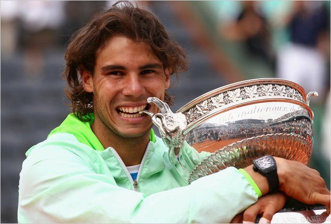 Nadal exults after his 5th Roland Garros title in 2010