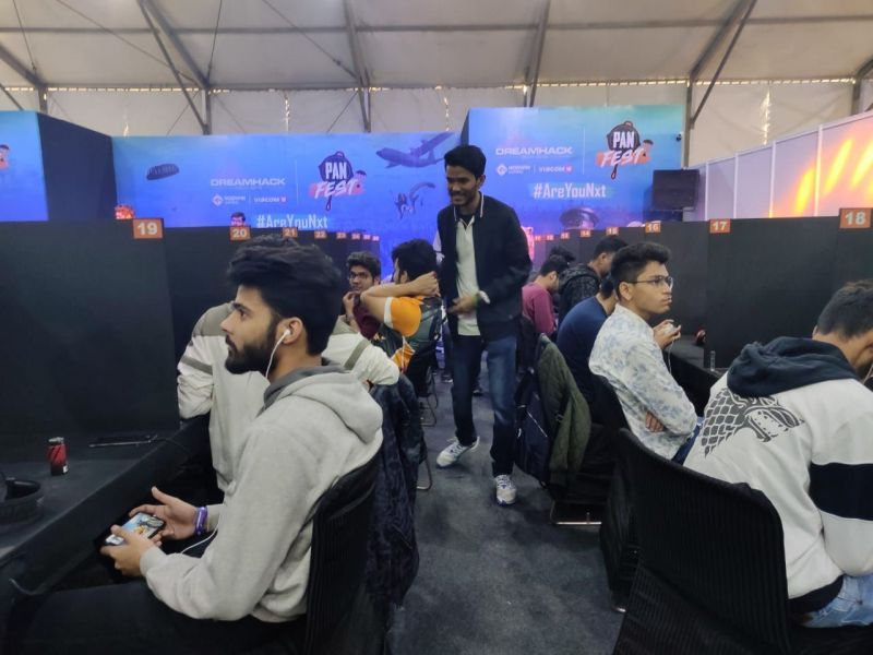 Carry interacting with gamers at PUBG Mobile