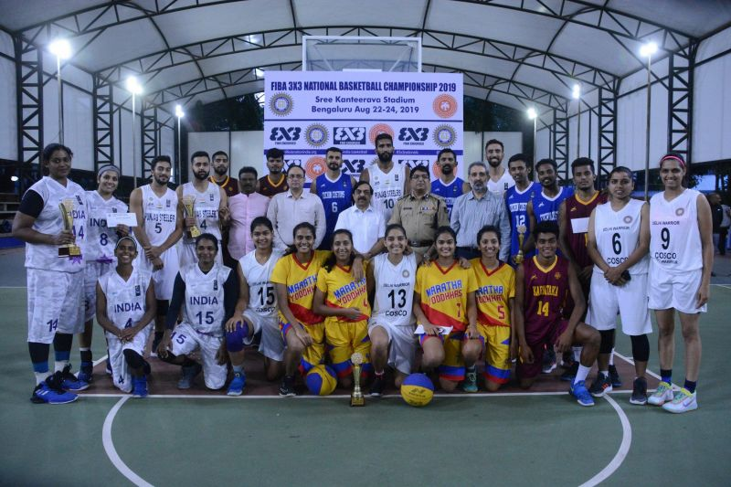 K Govindaraj (middle) is flanked by players from the 3x3 National Championship [Image: BFI Twitter]