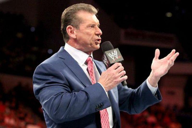WWE ने हाल ही में दो सुपरस्टार्स को किया सस्पेंड