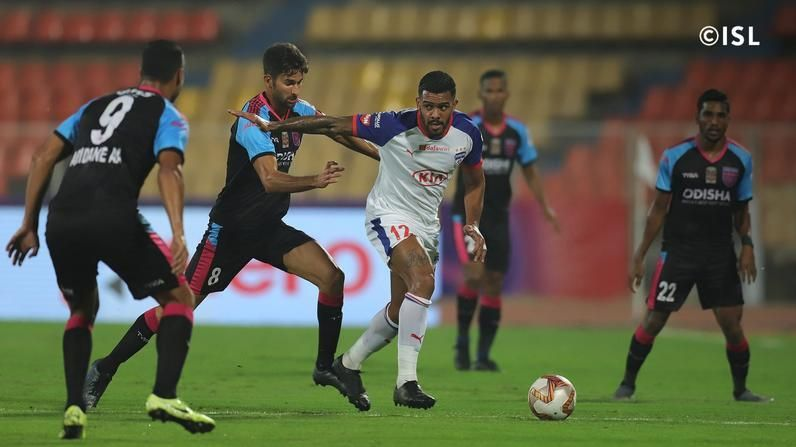 Raphael Augusto showcasing his scintillating footwork against Odisha FC